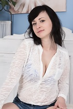 wearehairyfree models Nikita Nikita_strips_naked_and_puts_on_a_wild_sexy_show