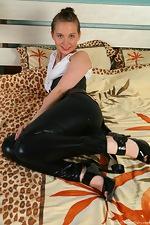 wearehairyfree models Effasa Hairy_nympho_Effasa_spreads_her_pink