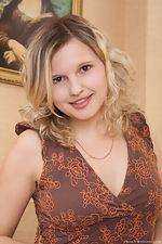 wearehairyfree models Gloria Gorgeous_Gloria_bares_it_all_on_the_desk
