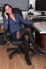wearehairyfree models Katie_Z Katie_Z_strips_naked_in_her_office_after_work