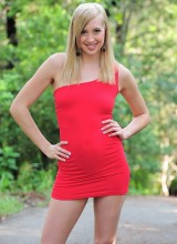 web-starlets pacinos-adventures-layla-reed-is-a-sexy-blonde-with-legs-for-days-that-loves-masturbating-outdoors