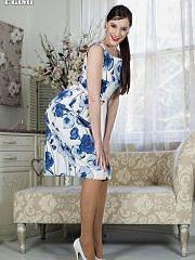 http://worldoffetish.com/solo-nylon-models/vintage-flash/becky-perry-dress/freeones.html