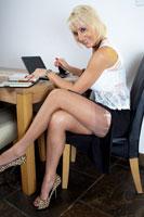 worldoffetish solo-nylon-models jansnylonsex legs