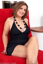 http://www.allover30free.com/mature/Josefa/ebMJyR/EL/