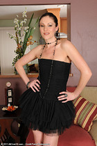 http://www.allover30free.com/mature/SamanthaRyan/yvca8j/MF/
