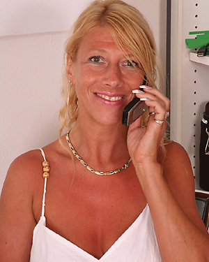 ao30free galleries sylvie02 mature132