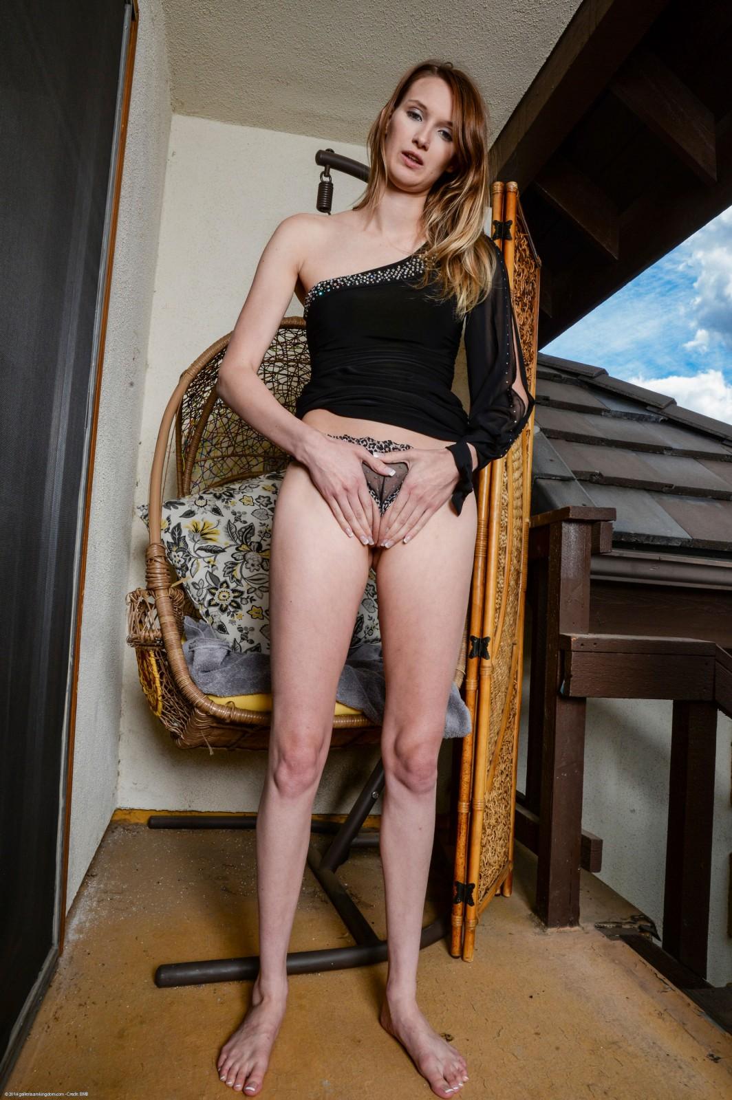 atkmodels blog galleries Sophia4423 Sophia_Wilde4_big jpg