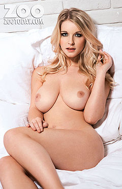 http://www.boobpedia.com/boobs/Jessica_Davies