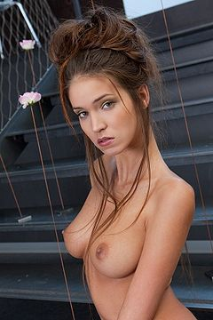 boobpedia boobs Silvie_Delux