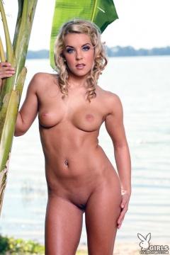 http://boobpedia.com/boobs/Hannah_Rory