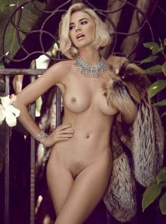 boobpedia boobs Kayslee_Collins