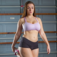 http://www.bunnylust.com/tiffany-naked-exercise/