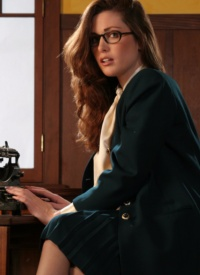 cherrynudes aimee-sweet-typewriting-secretary