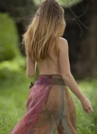 cherrynudes elsy-fairy-tale-maiden