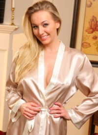 cherrynudes hayley-marie-silk-robe-lingerie