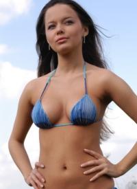 cherrynudes hanna-bikini