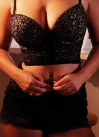 http://www.cherrynudes.com/lex-nai-film-studio-stripping/
