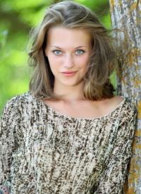 http://www.cherrynudes.com/nata-natural-girl/
