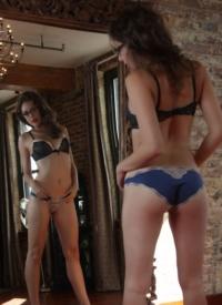 cherrynudes sarah-white-mirror