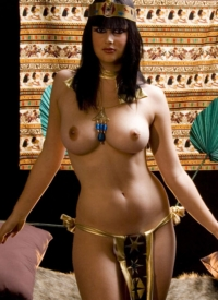 cherrynudes scarlett-morgan-sexy-cleopatra