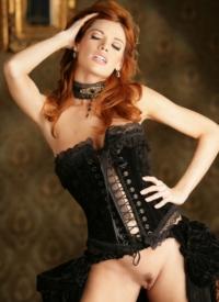 http://www.cherrynudes.com/roxetta-corset-maiden/