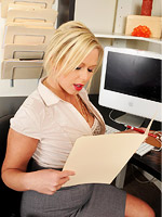erotiqlinks tgp milf ajoy-office d