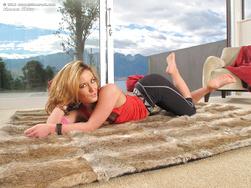 girlsnaked net gallery sheena-shaw-in-the-crack