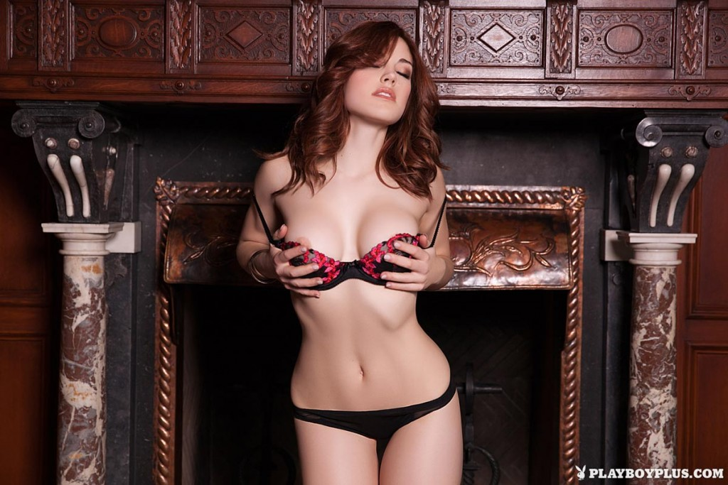 gyrls molly-stewart-in-lingerie