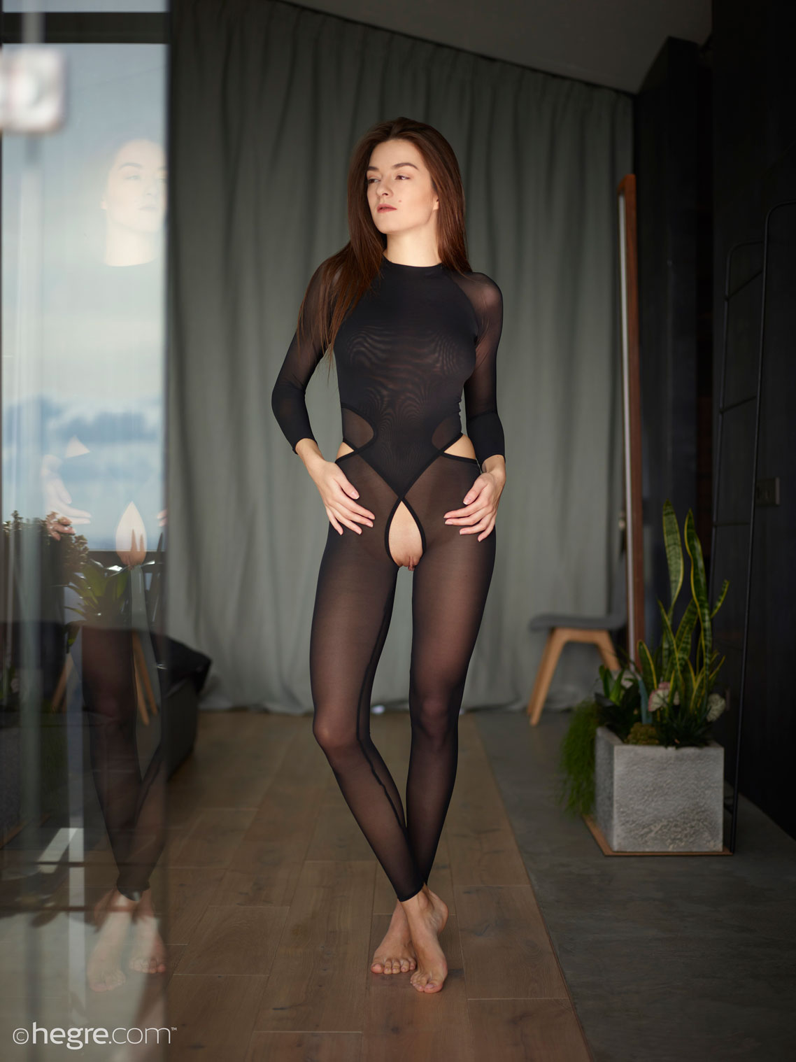 gyrls arina-babe-in-a-catsuit
