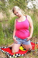 jjgirls photo busty-teens busty-magaly beautiful-blonde-busty-girl