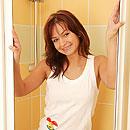 http://www.jjgirls.com/photo/clubseventeen/shower-masturbation/masturbating-shower-teenie/