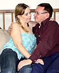 http://jjgirls.com/photo/oldfartsyoungtarts/old-young/old-guy-with-glasses-fucks/