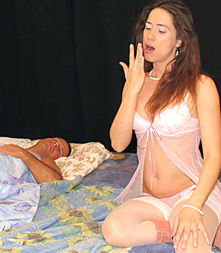jjgirls photo packofporn sleepy-milf banging-a-sleepy-milf-wild