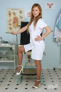 kinkygynoclinic galleries nats nurse1-viktorie-20110719112418  php
