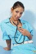 kinkygynoclinic galleries nats nurse2-kira-20110719112244  php