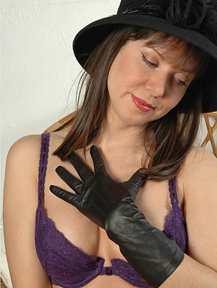 ladiesinleathergloves directory_pages affs onehundredtwelve php