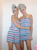 http://www.lauraloveskatrina.com/galleries/lauraandkatrina/steamy_bath_both/topless-teens/