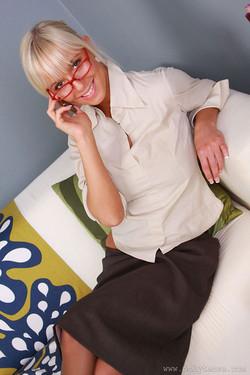 lemmecheck premium natalie-blond-hot-secretary-removes-pantyhose-23831