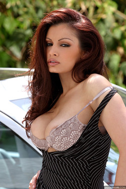 lemmecheck premium aria-giovanni-naturally-busty-babe-naked-on-a-mercedes-70098