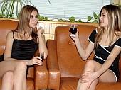 http://www.lostbush.com/lesbian/070306llk/r37.html