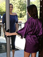 massage-nuru gallery couple-in-the-parlor facial29032