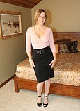 naughtyathome galleries 1009-pinktop_blackskirt  php