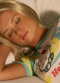 http://www.nextdoormania.com/kisskara-sleeping.php