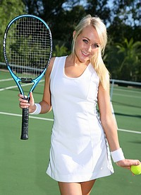 http://www.nextdoormania.com/only-tease-lucyanne-tennis.php
