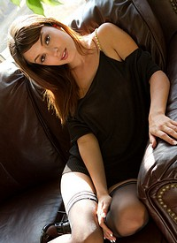 http://www.nextdoormania.com/met-ashley-doll.php