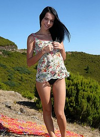 http://www.nextdoormania.com/w4b-sapphira-hills.php
