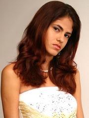 http://www.nnlatina.com/gabigata/miniskirt1/