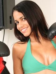 http://www.nnlatina.com/polliana/boxinggloves/