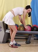 nshoneys hosted1 hs gals petra-bendova-cute-strip-bowling  php