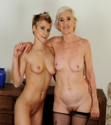 pinksmilfs old-young-lesbian-love viviana_and_chicky_clarissa 1607